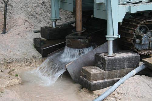 井戸ボーリング。井戸水です。